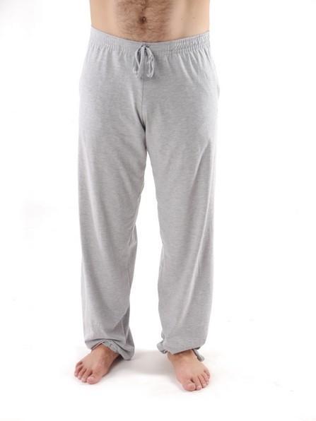 Фото Белые штаны для йоги и фитнесса — «Школа спорта»
