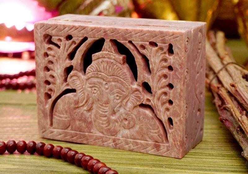 Фото 1 Каменная шкатулка для украшений резная