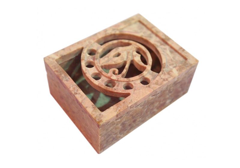 Фото Каменная шкатулка Символ