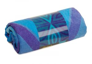 907abm_yoga_yogatuch_grip_2_towel_art_collection_blue_moon_verpackung