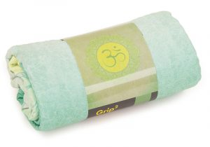 907aio_yoga_yogatuch_grip_2_towel_art_collection_all_is_om_verpackung