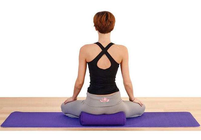 Фото 7 Мини валик для йоги