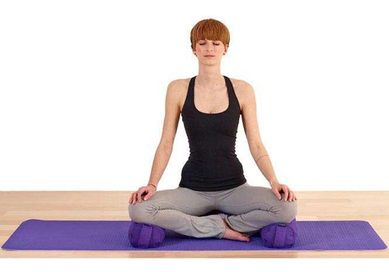 Фото 8 Мини валик для йоги
