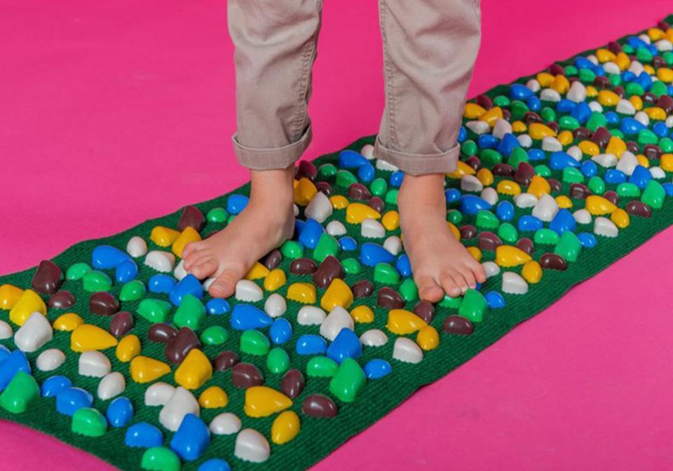 Детский массажный коврик для стоп своими руками 89