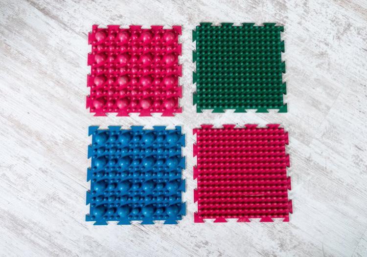 """Фото Набор резиновых ковриков для ног """"Пазл"""" от Onhill"""