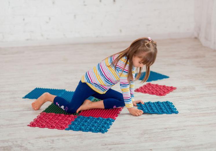 """Фото 6 Набор резиновых ковриков для ног """"Пазл"""" от Onhill"""