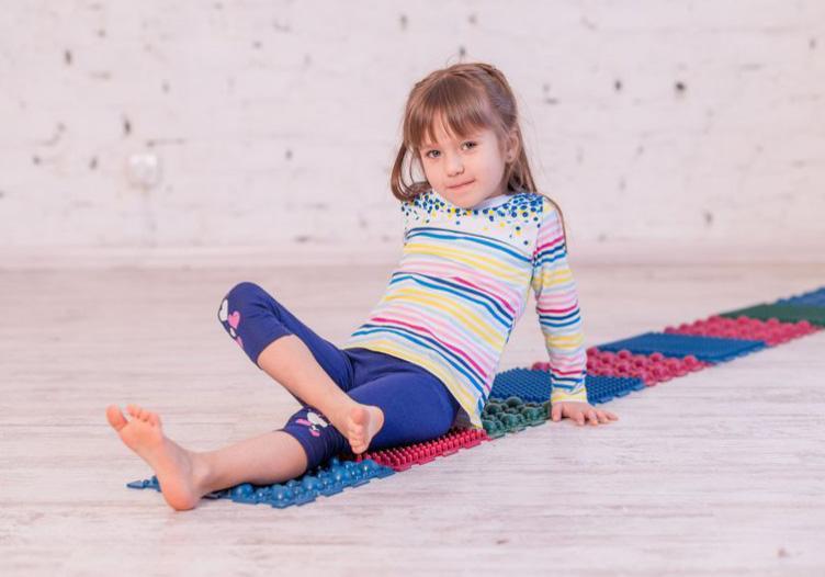 """Фото 7 Набор резиновых ковриков для ног """"Пазл"""" от Onhill"""