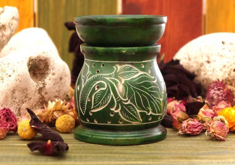 Фото Аромалампа каменная круглая 10*8*8 см Цветы