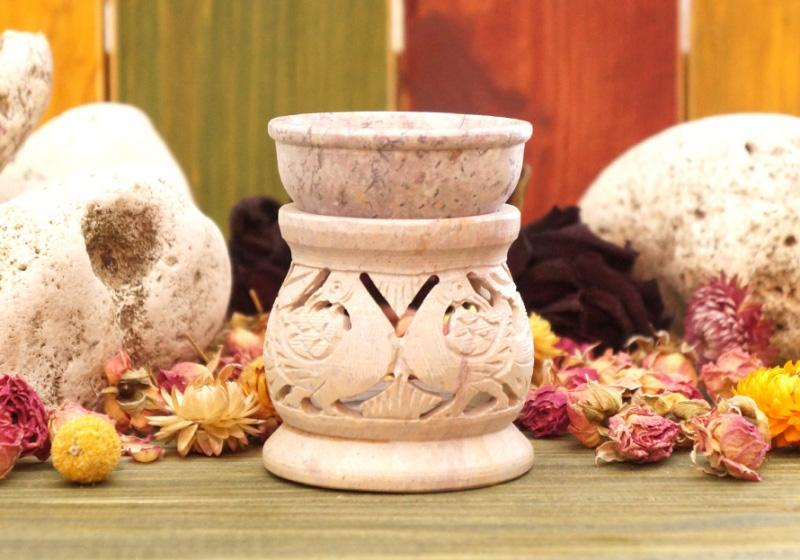 Фото Аромалампа каменная круглая 8*6,5*6,5 см Павлины
