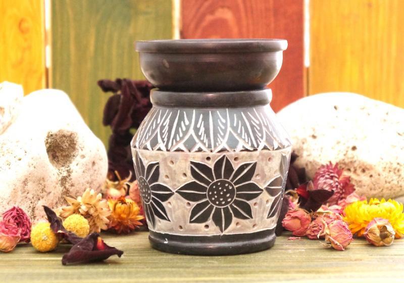 Фото Аромалампа каменная круглая 11х9х9 см Цветок