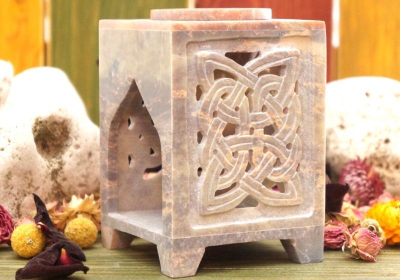 Фото Аромалампа каменная квадратная 12*8*8 см Символ
