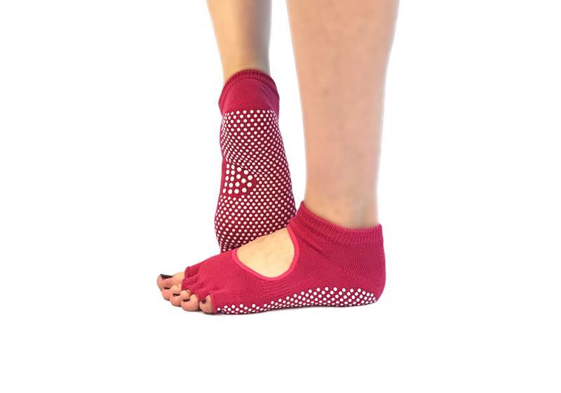 Фото 8 Голубые носки для йоги
