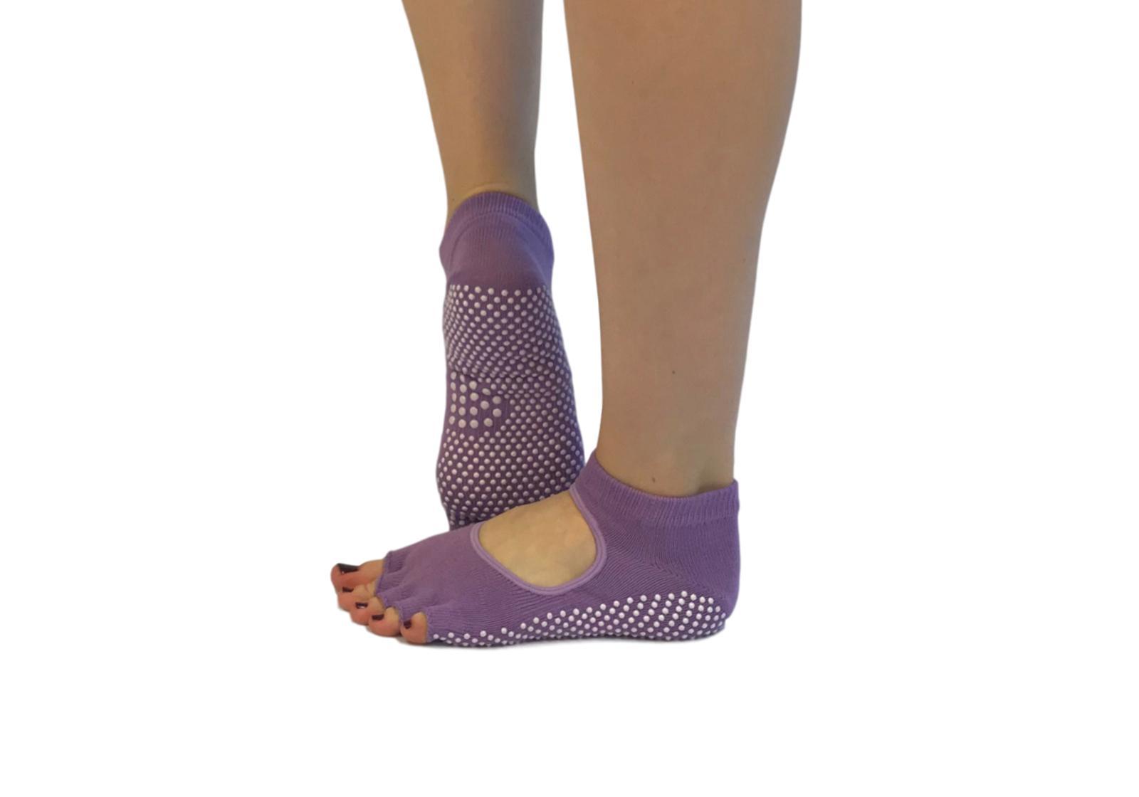 Фото 4 Голубые носки для йоги
