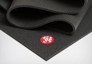 Черный йога-мат PRO Extra Long от Manduka
