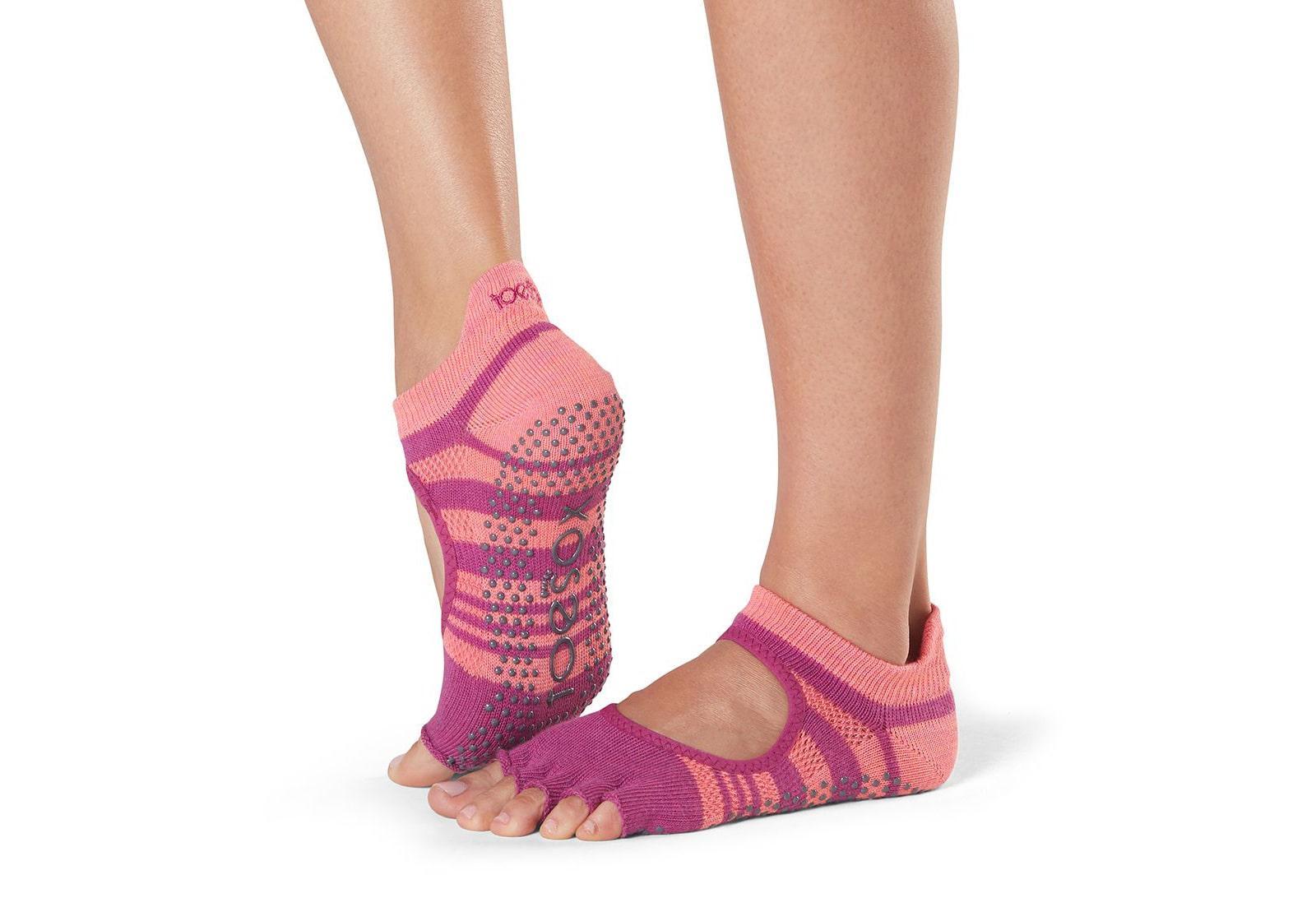Фото Носки для йоги ToeSox Half Toe Bellarina Grip Pop