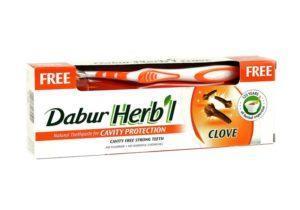 Зубная паста Дабур с гвоздикой и щётка