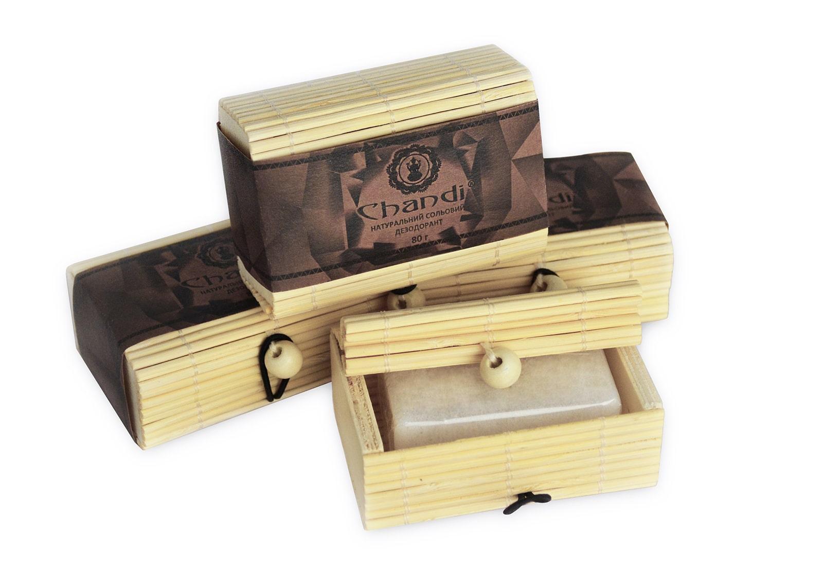 Фото Натуральный солевой дезодорант Chandi в бамбуковой коробке 80 г