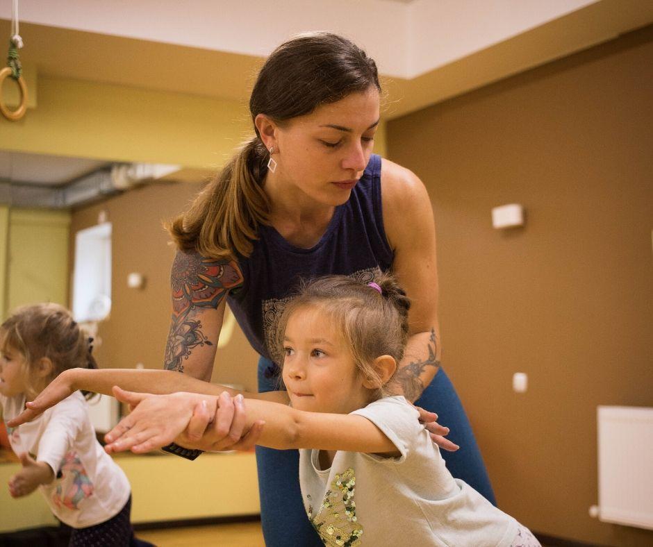фото: йога для детей